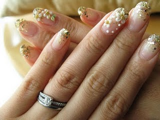 Beauty best nail art flower designs nail art your getaway to simple and quick flower nails designs prinsesfo Gallery
