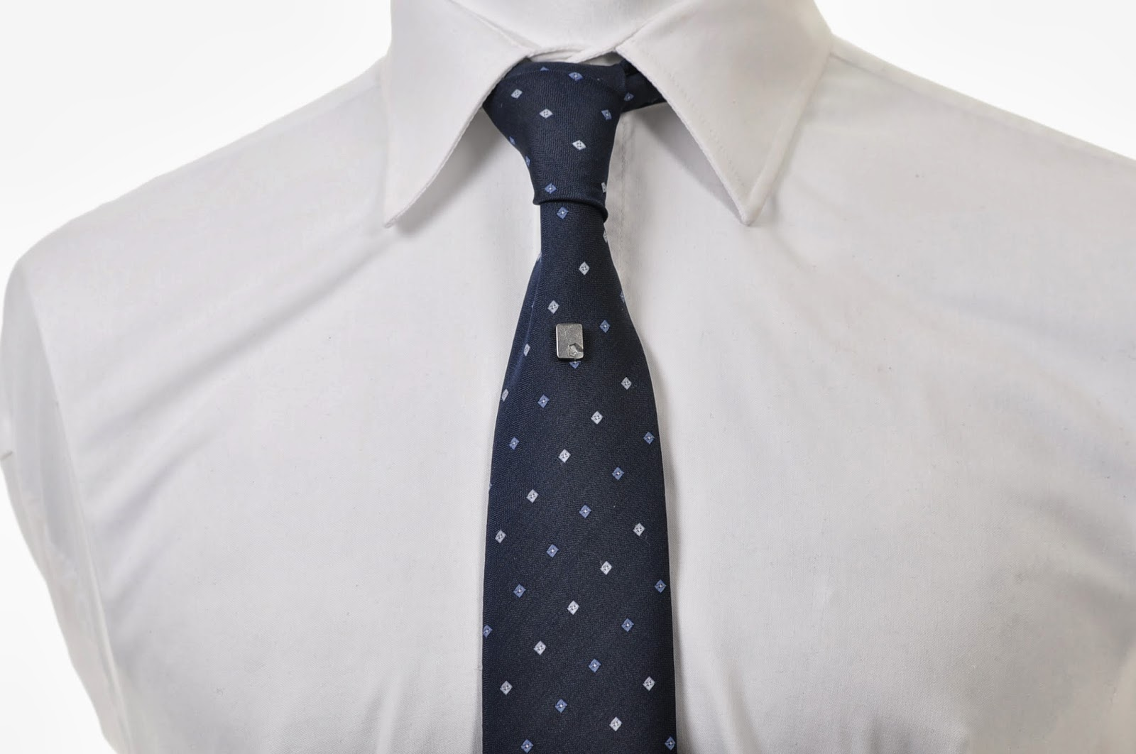 Emma bolt trends los nudos de corbata tie knots for Nudo de corbata windsor