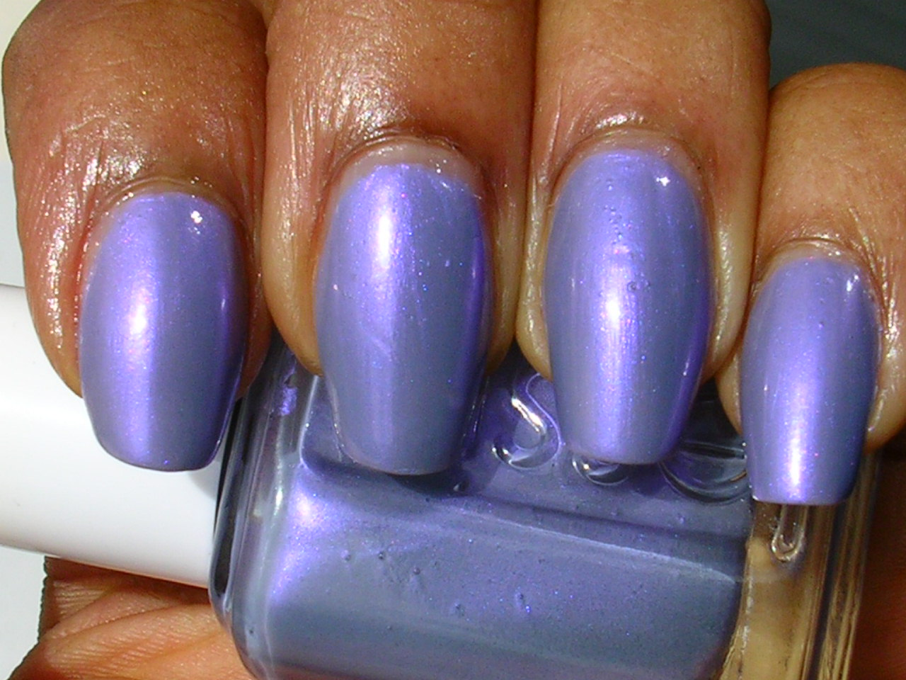 CANDY COATED TIPS: Essie \