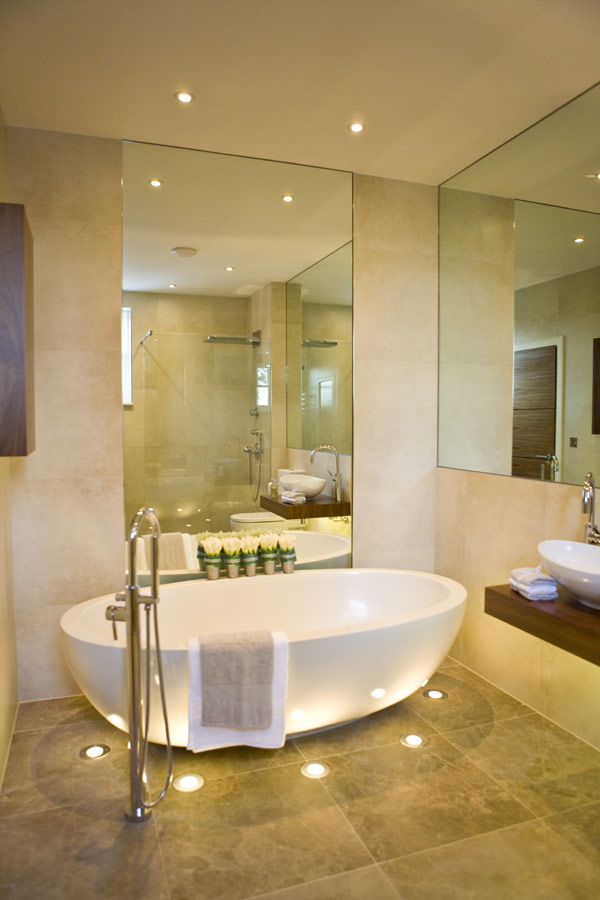 Beautiful bathrooms beautiful lighting ideas and designs for Bathroom lighting ideas