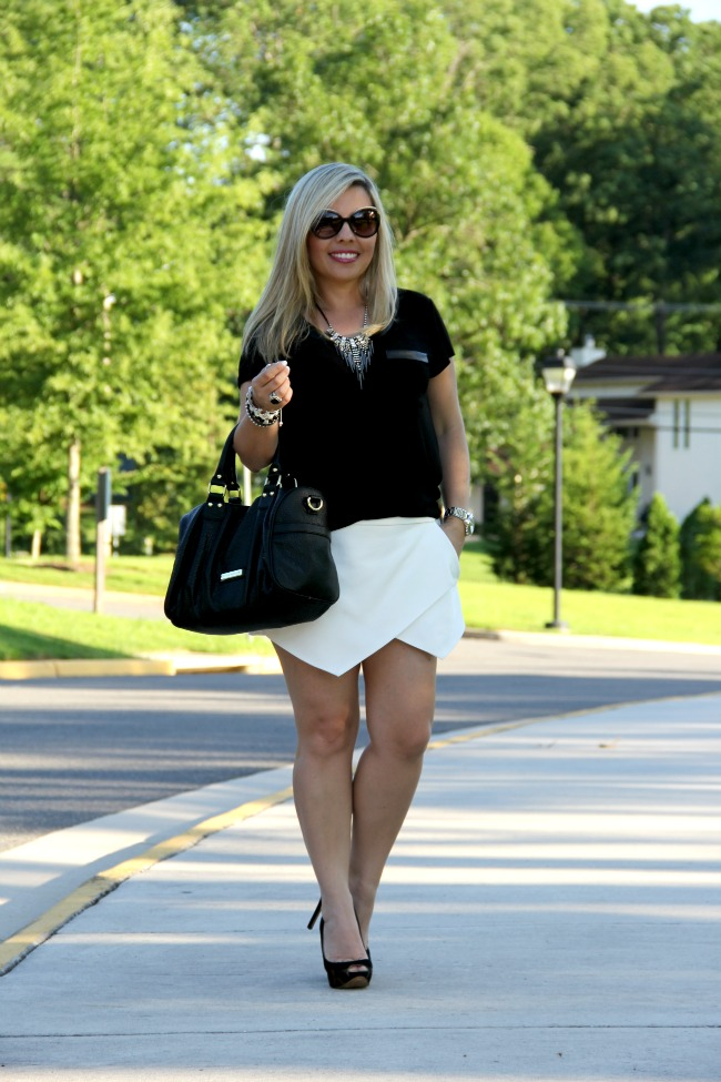 White Asymmetric Shorts - Zara, Black Top - TJ Maxx, Shoes - Luz da Lua Brasil, Accessories - Boy Meets Girl, Joseph Nogucci and some for my closet, Necklace - Nordstrom, Black Onyx and Silver Ring - David Yurman, Angled Enamel Sunglasses - Marc Jacobs, Bag - Steve Madden via Nordstrom Rack, Revlon Fuchsia Shock 815 and Super Lustrous Lipgloss Pink Pop