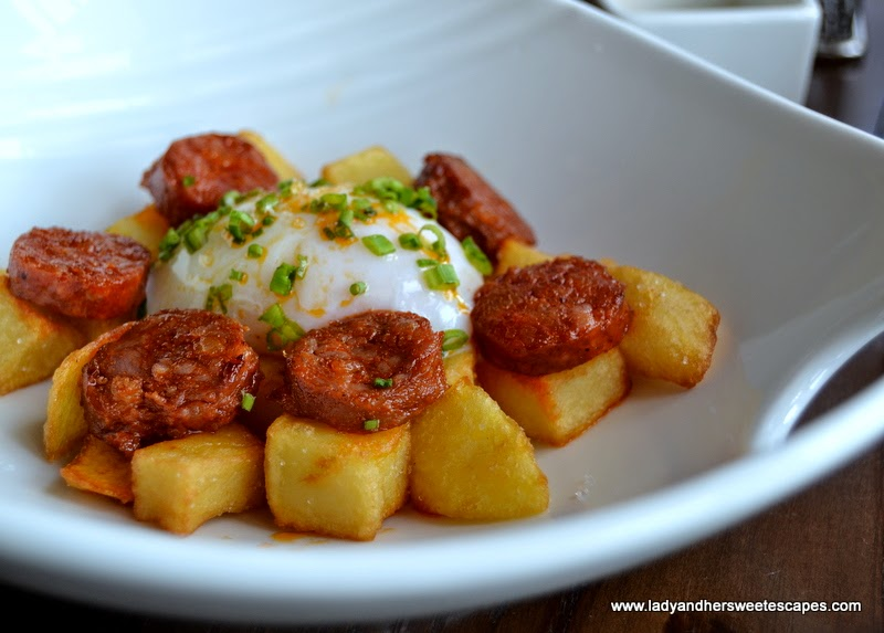 Broken Eggs with chorizo at El Sur Dubai