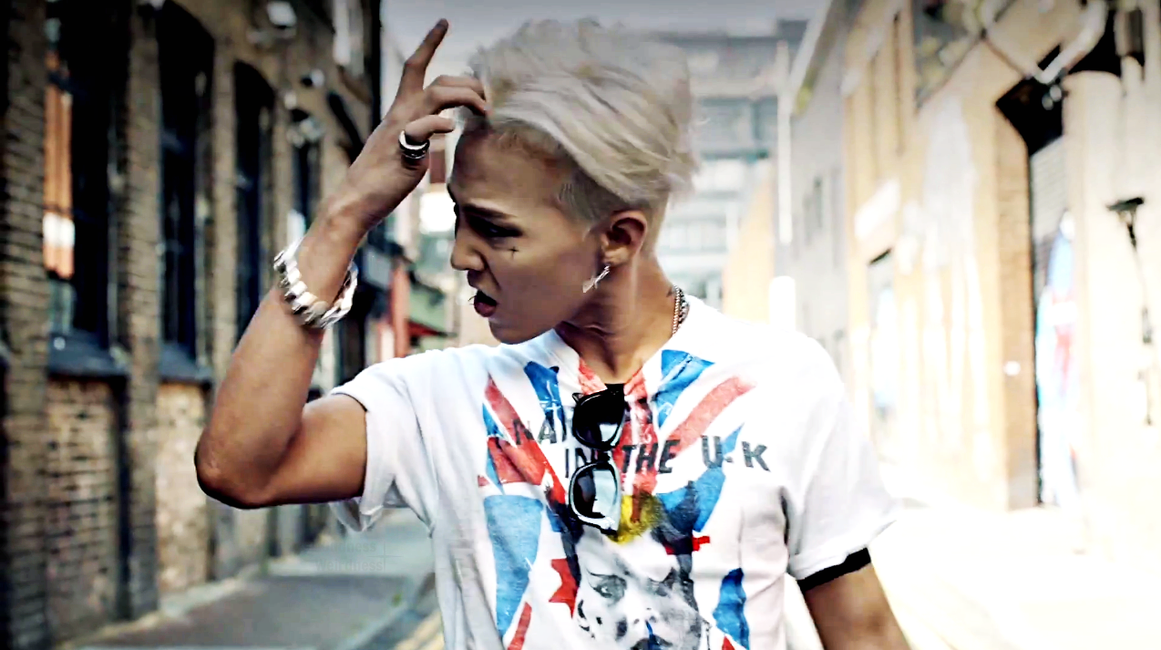 G Dragon 2013 Crooked The Fulbrighter in Sou...