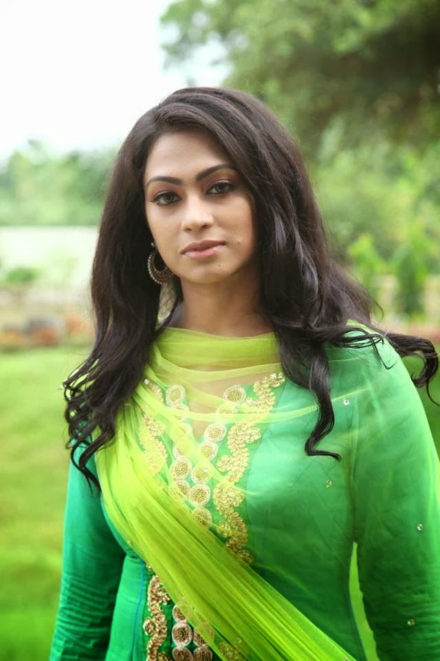 BD Spicy Film Actress Sadika Parvin Popy Photos, Actress
