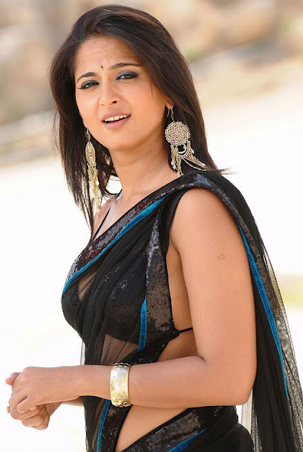 TAMIL ACTRESS ANUSHKA SHETTY IN TRANSPARENT SAREE SPICY PICS
