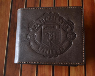 Dompet kulit pria 3in1 logo manchester united, Kode DS331