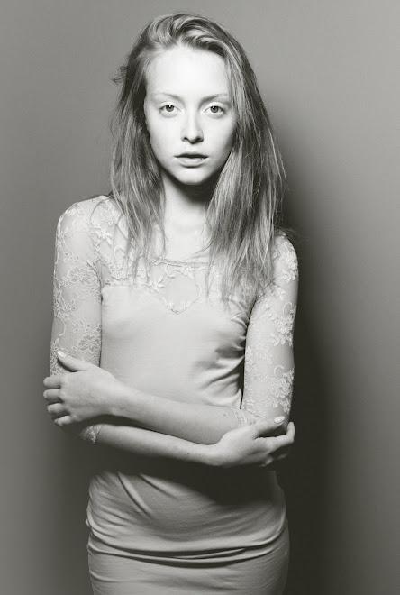 Mikaela ( Metropolitan )
