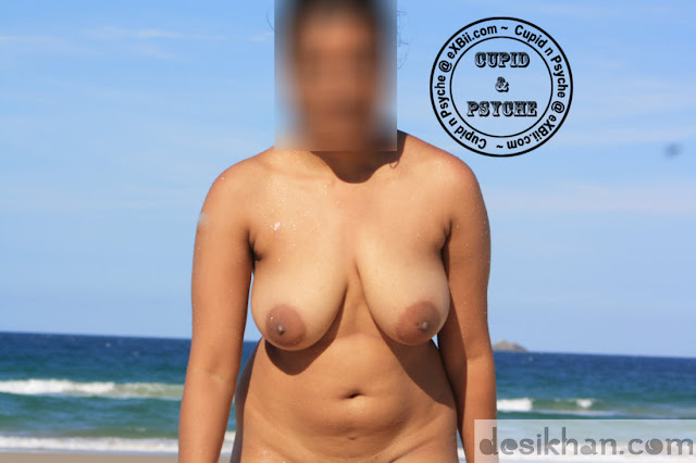 Sexy Wife Rati Walking Nude In A Private Beach indianudesi.com