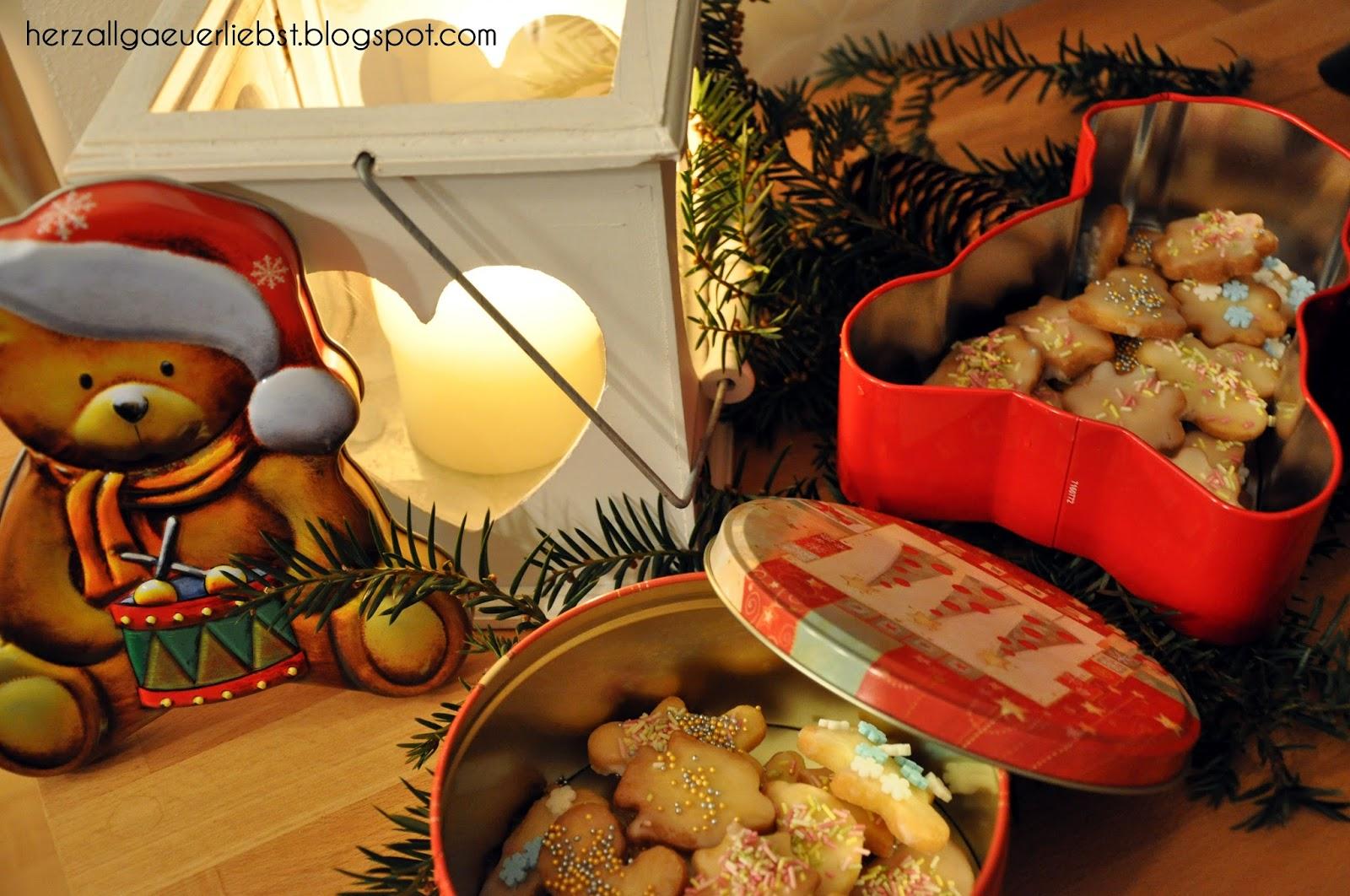 herzallg uerliebst in der weihnachtsb ckerei. Black Bedroom Furniture Sets. Home Design Ideas