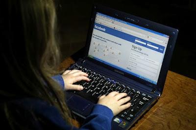 Remaja Bunuh Diri Kerana Ditegah Layari Facebook