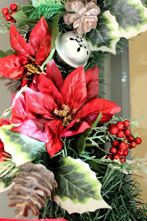 holiday DIY traditional wreath colors