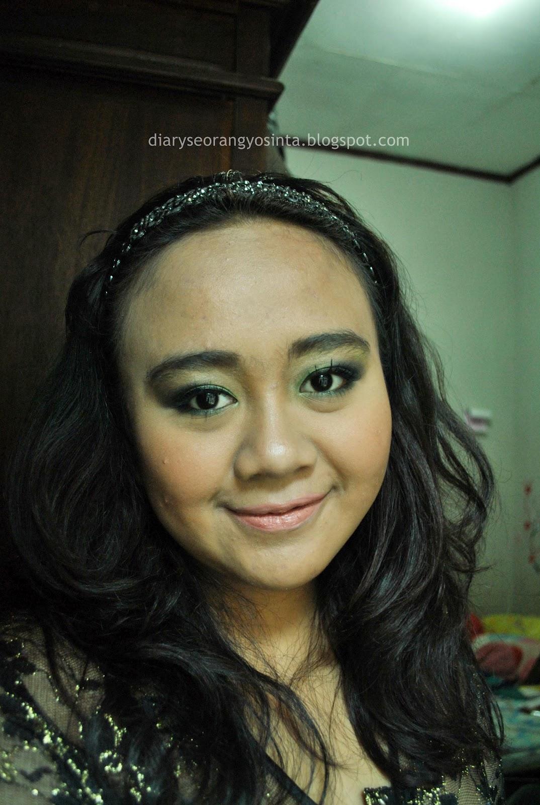 Ladypon MUA Greeny Eyes