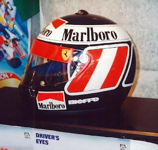 Il casco patriottico di Gerhard Berger