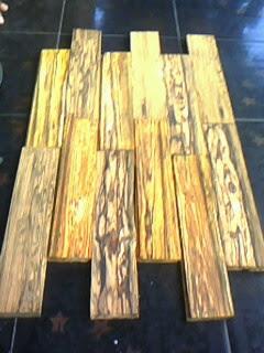GAHARU BUAYA Flooring/Mal
