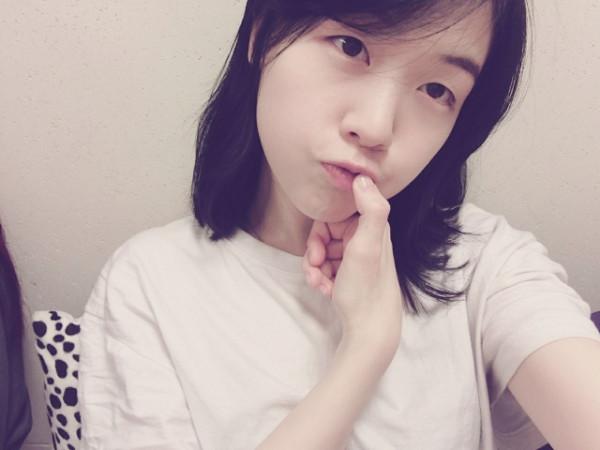 18 artis Korea ini  tertangkap kamera tanpa menggunakan makeup