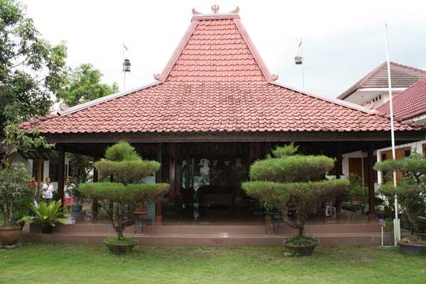 wisata dan budaya joglo rumah tradisional model