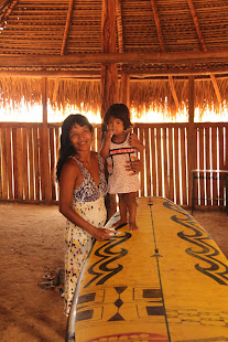 Ana Cristina & Baby with a Stand up board desing by the Indiasnat Piarucu Village