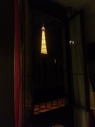 Vistas de Noche del Hotel Eiffel Rive Gauche de París