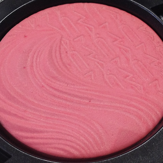 MAc Extra Dimension Blushes Flaming Chic