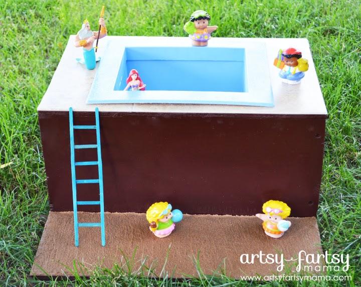 DIY Toy Pool at artsyfartsymama.com