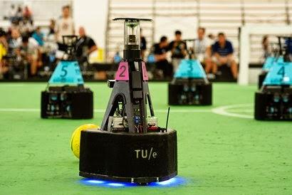 Voetbalrobots Tech United gaan voor derde toernooizege op rij in Portugal