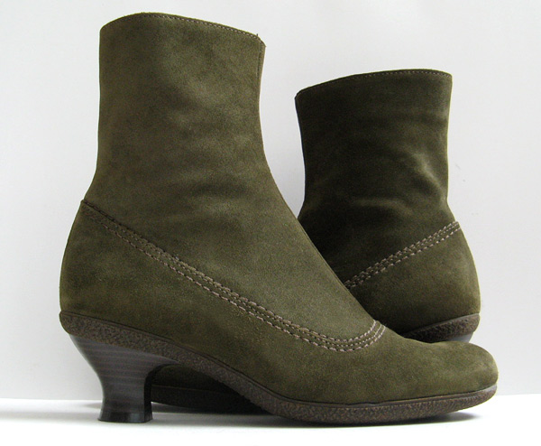 cheap womens ugg boots size 12