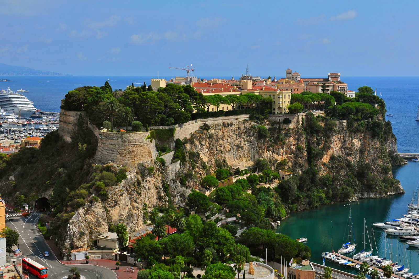 How To Tour Monte Carlo Castle