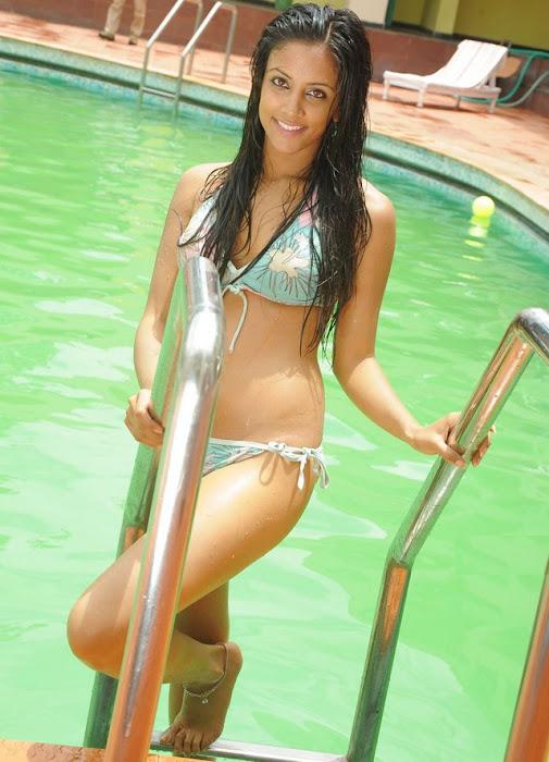 rithika sood in bikini glamour  images