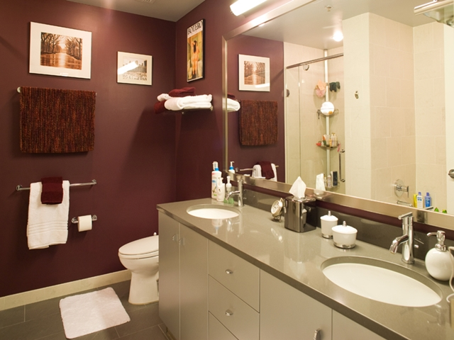 Photo of small purple bathroom