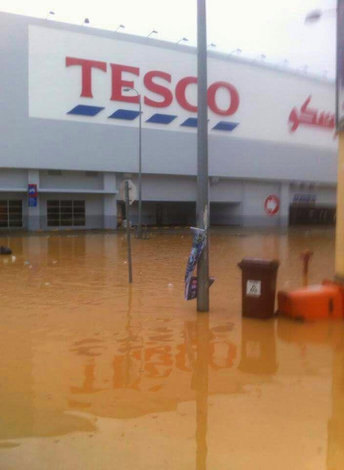 banjir 2014, kelantan, kota bharu, tesco kb