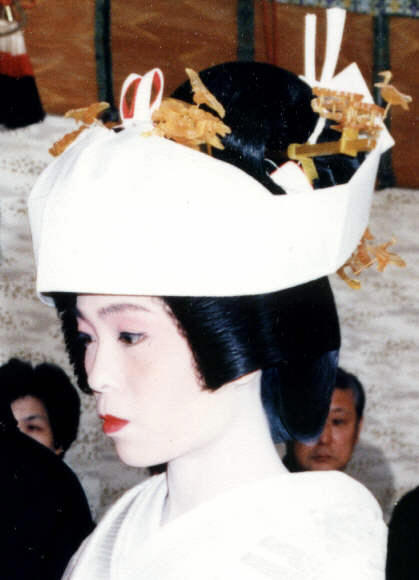 marriage in japan The second problem is the rigidity and traditionalism associated with marriage in japan and the taboo on divorce.