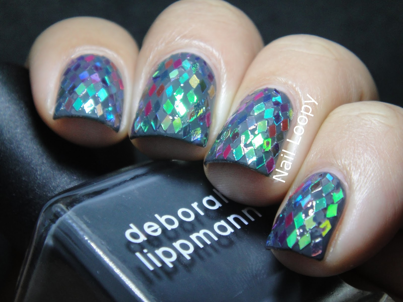 nail loopy: IRIDESCENT DIAMOND GLEQUIN NAILS