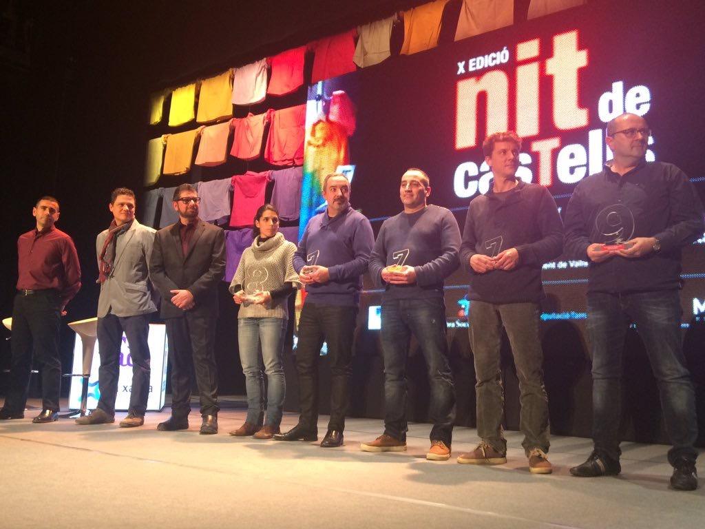 5 colles premiades a la #NitDeCastells amb el Premi Baròmetre 2015