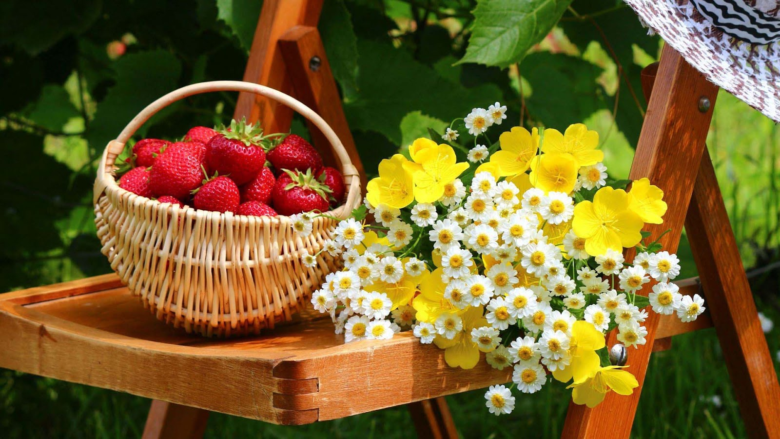 Flowers and fruits wallpapers - Mix Fruits Flowers Images