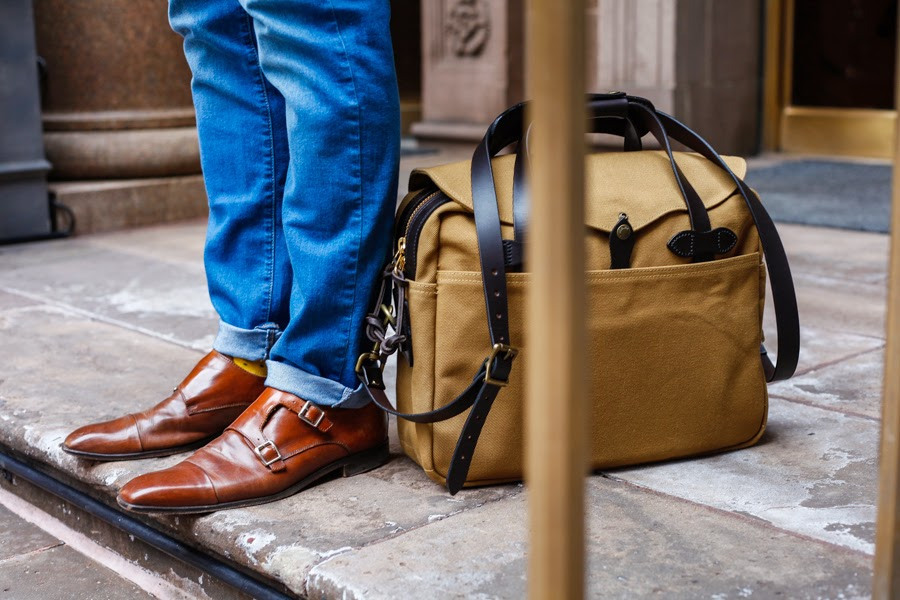 Risen - Levitate Style | Filson Briefcase, Easter Hillsong NYC, Uniqlo