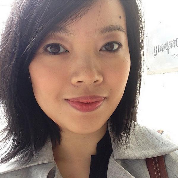 Subtle eyeshadow look for everyday wear using Dior 5 Couleurs 'Trafalgar'