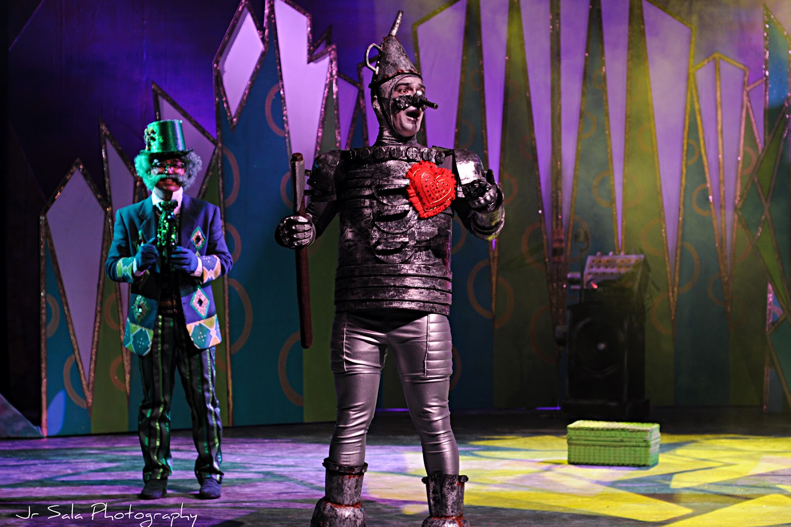 Review Roundup: Repertory Philippines' THE WIZARD OF OZ