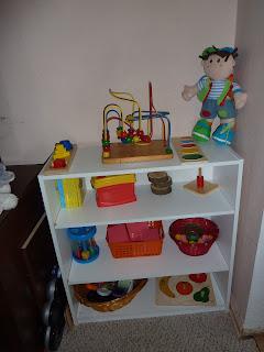 Montessori Toddler Shelf