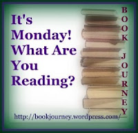 It's Monday reading meme