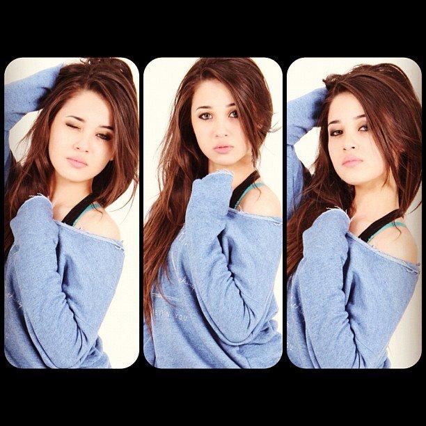 Emma Maembong Dan Kekasih