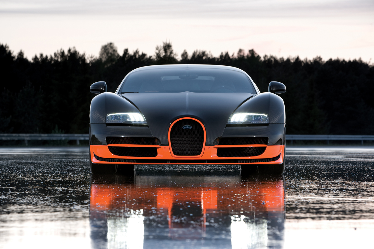 Bugatti Veyron Super SportWhen We Arrived On A Sunny Hump Day At Meguiaru0027s  HQ, The über Veyron Was Being Washed With Nothing More Than De Ionized Water  And ...