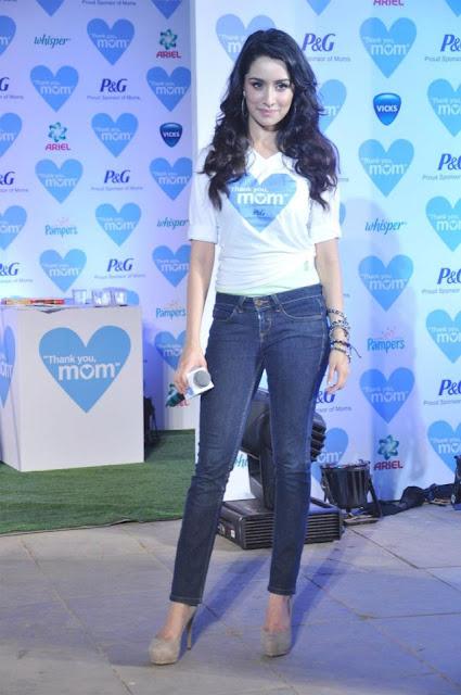 Kangna R and newcomer Shraddha Kapoor at P&G 'Thank you mom' campaign
