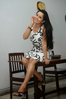 Actress Ishika Singh  Picture Gallery in Short Dress  19