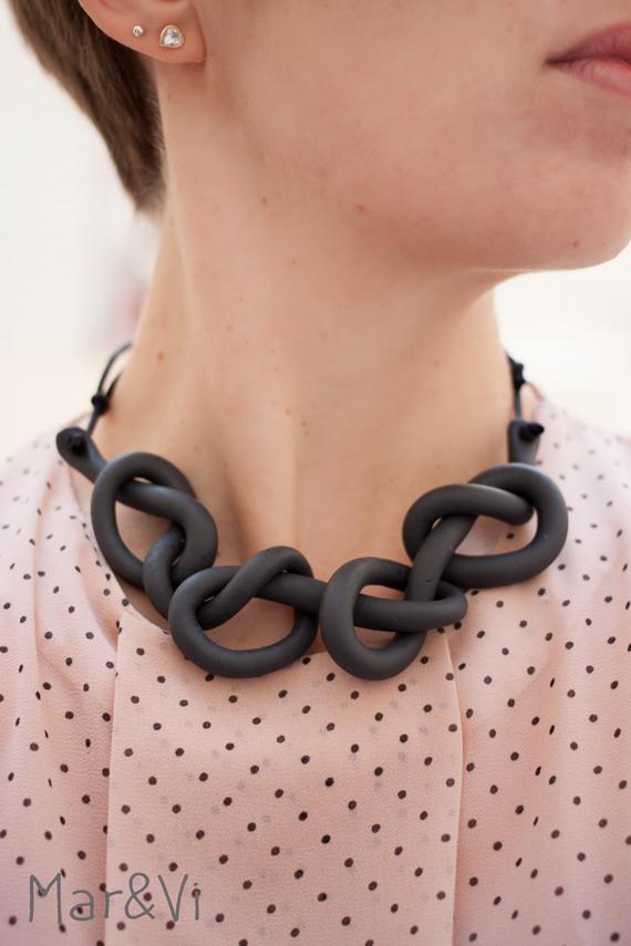 colllar de moda con pasta fimo
