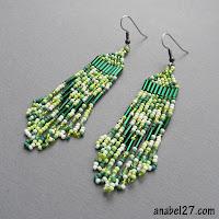 зеленые весенние серьги - украшения из бисера ручной работы
