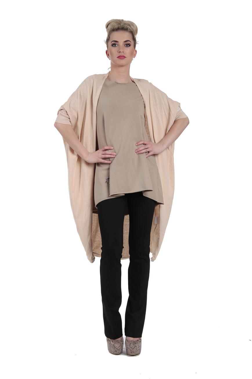 odzież, bielizna, bluzy mundurowe, bluzy z kapturem, kombinezony, koszule, kurtki, odzież dziecięca, odzież termoaktywna, podpinki, polary, poncho, soft shell.