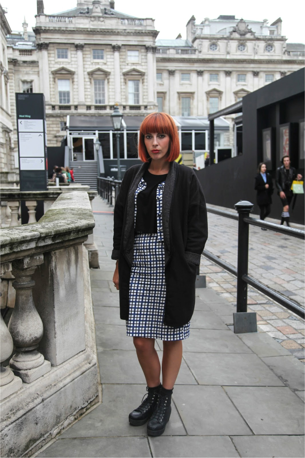 London Fashion Week streetstyle stylish bob red head