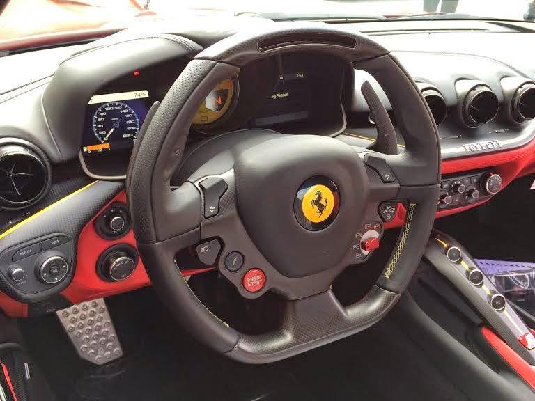 Ferrari SP America interni