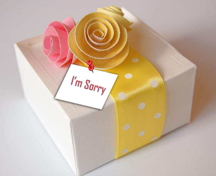 No matter what gifts always come to oneu0027s rescue! Gift her/him something he/she likes with a sweet  I am sorry  greeting card. & Five Sweet Ways To Say Sorry - Confessions Of A StilettoManiac