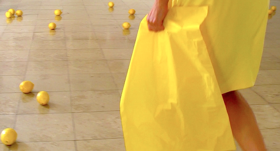 YELLOW BAG - UNSTABLE INSTALLATION SERIES - TRANSLATORIAL